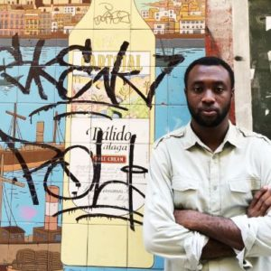 """#LiterallyWhatsHot: Well-Woven Collage or Distorted Narrative? – A Review of Emmanuel Iduma's """"Farad"""""""
