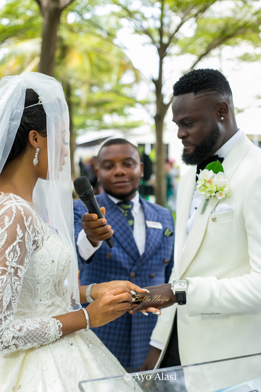 Yomi casual Grace Ayo Alasi BellaNaija weddings 08