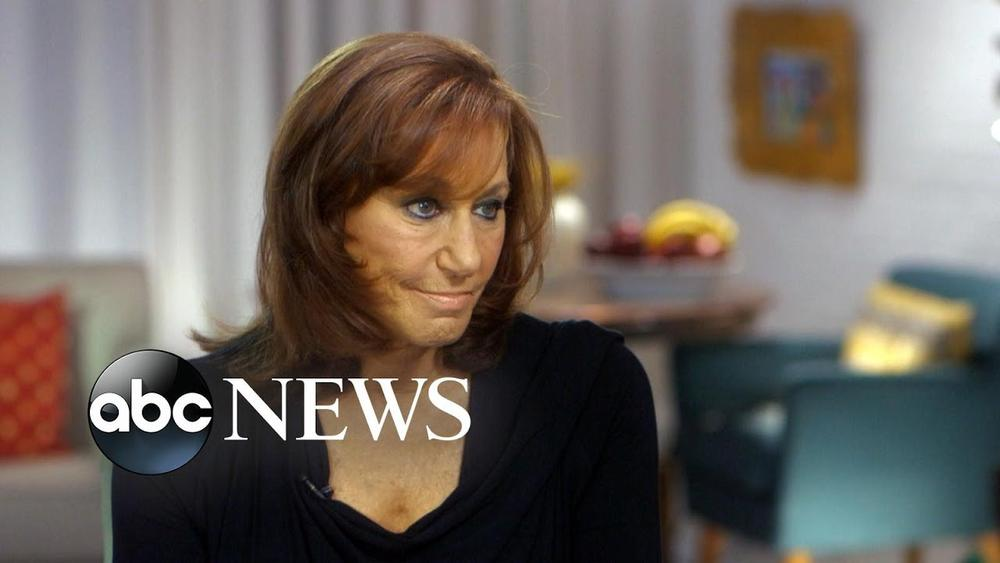 """""""What I said is so wrong and not who I am"""" - Donna Karan apologizes for defending Harvey Weinstein's actions 