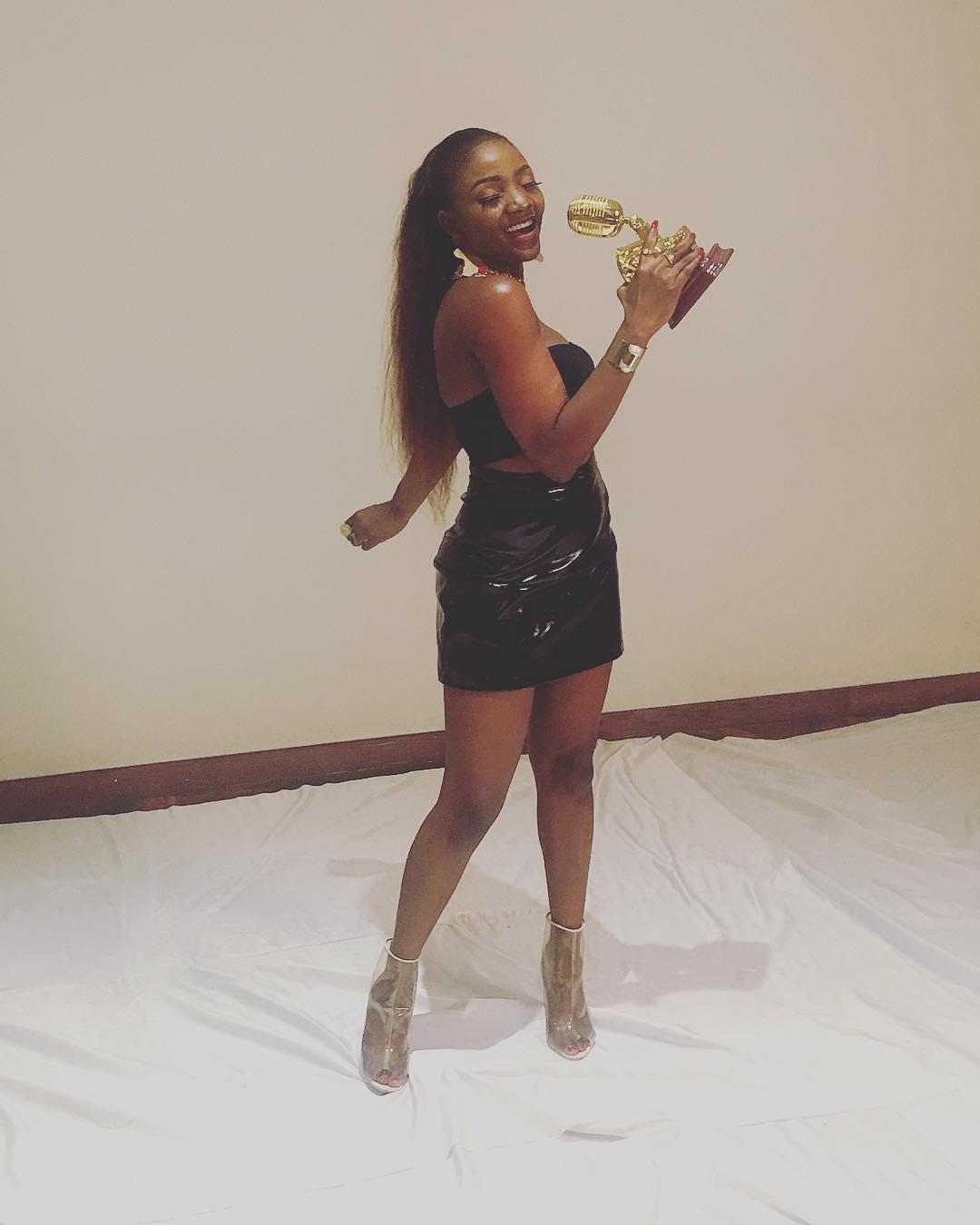 Simi, Wizkid, Tiwa Savage win big at #AFRIMA2017 | Full List of Winners