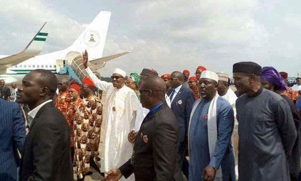 President Buhari arrives in Enugu - BellaNaija