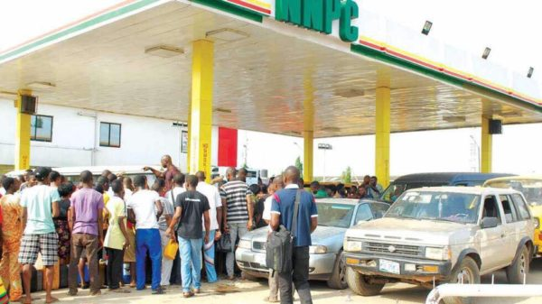 And the Fuel Queues are Back on our Roads - BellaNaija