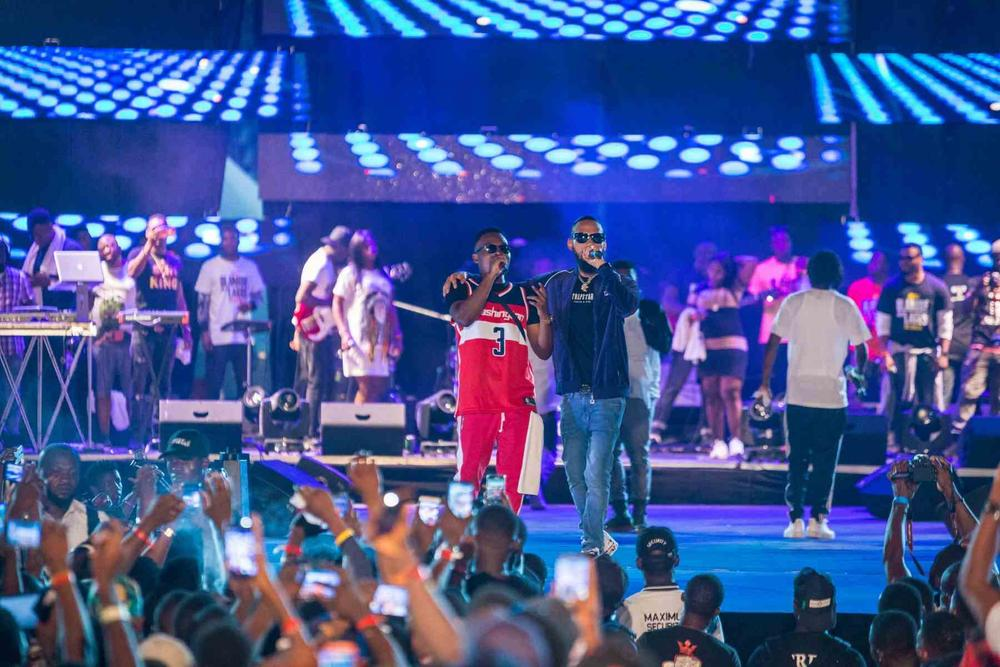 Man of the People!🙌 Scenes from Olamide's #OLIC4 Concert