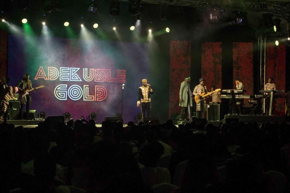 #ONSWAG: Adekunle Gold, Simi, Moelogo & The 79th Element made Magic Last Night! 🌟