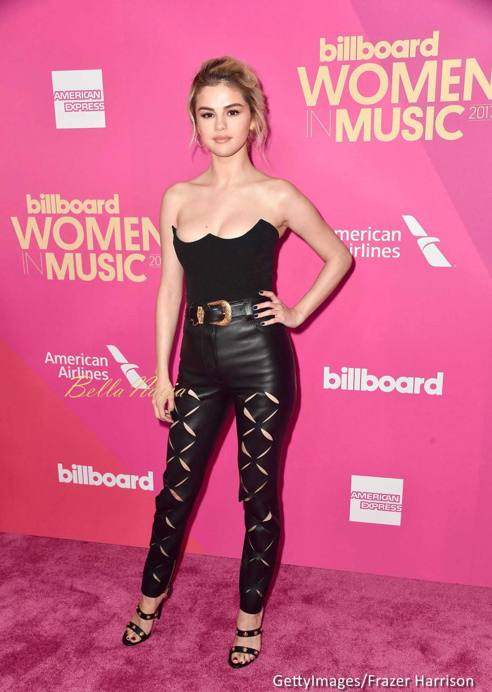 "Selena Gomez dedicates Billboard ""Woman of the Year"" Award to Friend who Saved her Life"