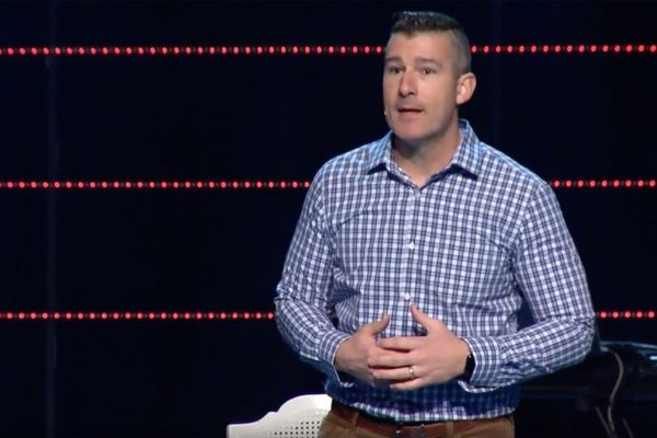 Andy Savage: Memphis pastor confesses to 'sexual incident,' gets standing ovation