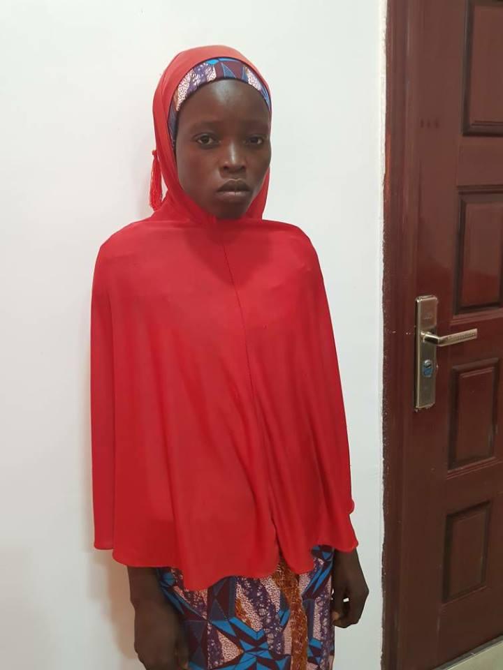 Nigerian Army rescues Chibok Girl - BellaNaija