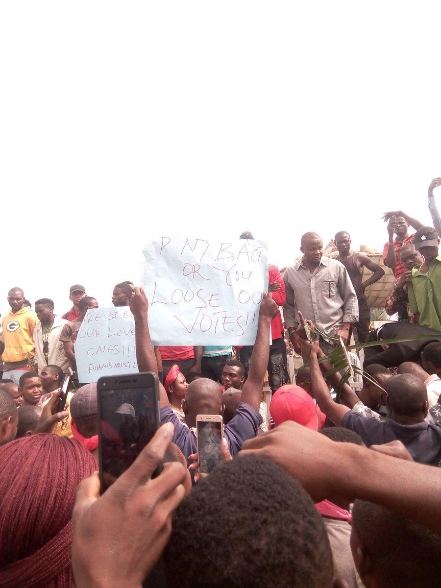 Benue Youths protest Herdsmen Attacks - BellaNaija