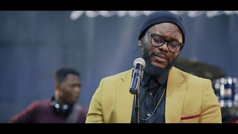"Ayoola covers ""I Love to Love You Lord"" on Part 2 of #TheAyoolaLive Maryland Edition 