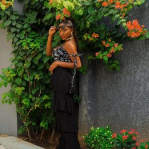I would rather focus on making good music than my dressing - Simi