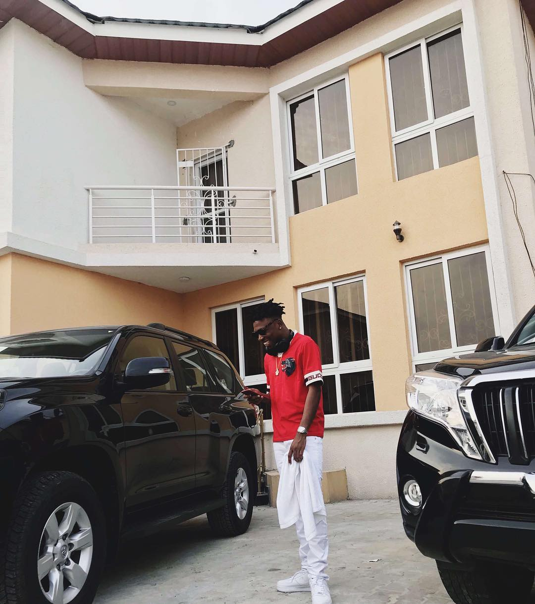 "Mayorkun has got a New Crib on ""Che Che""!"