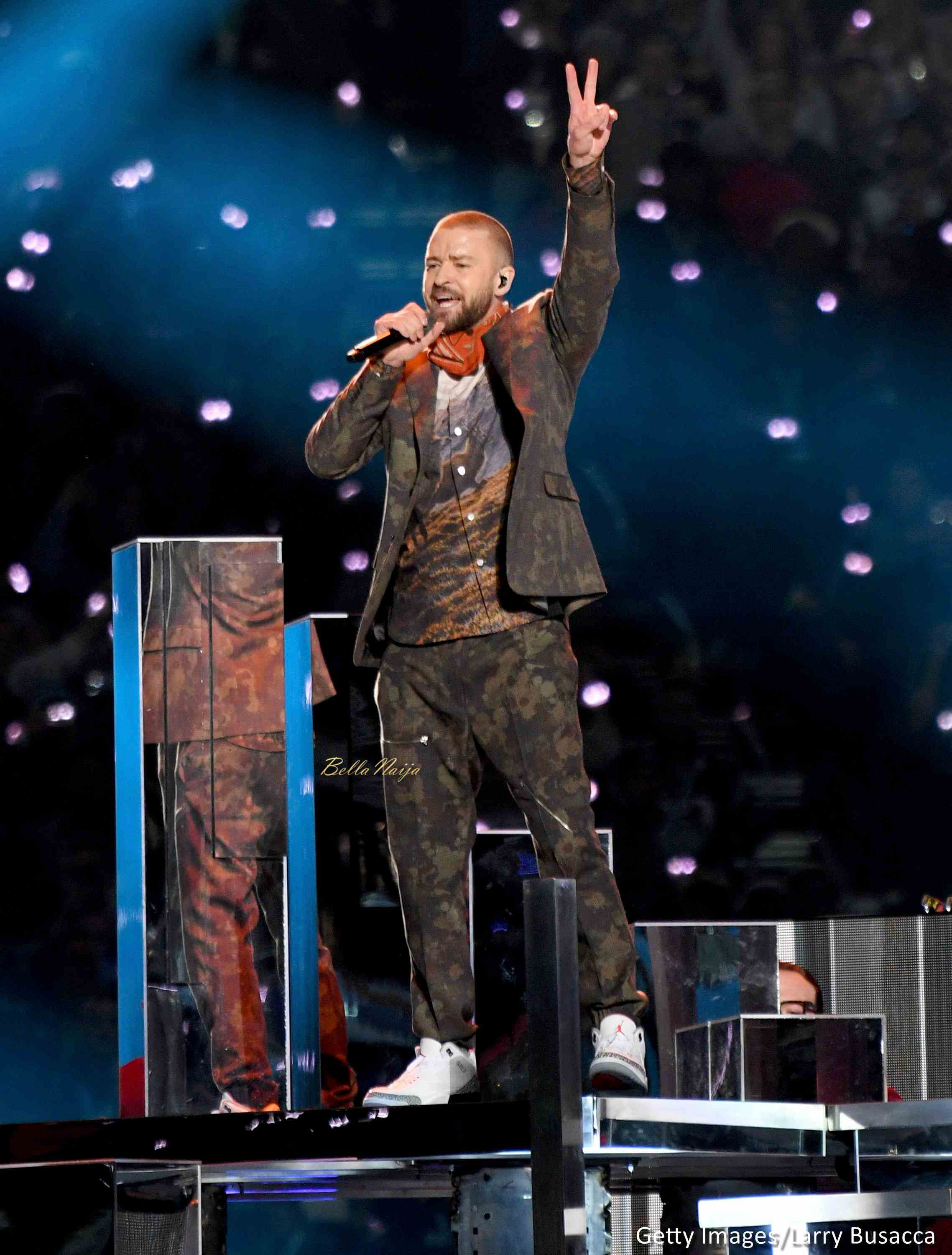 Justin Timberlake performs duet with Prince hologram at the Super Bowl halftime Show and the Internet is having none of that