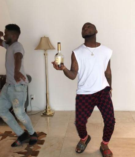 Davido, Tekno, Tiwa Savage... Here are videos of your Favorite Celebs doing the Shaku Shaku Dance