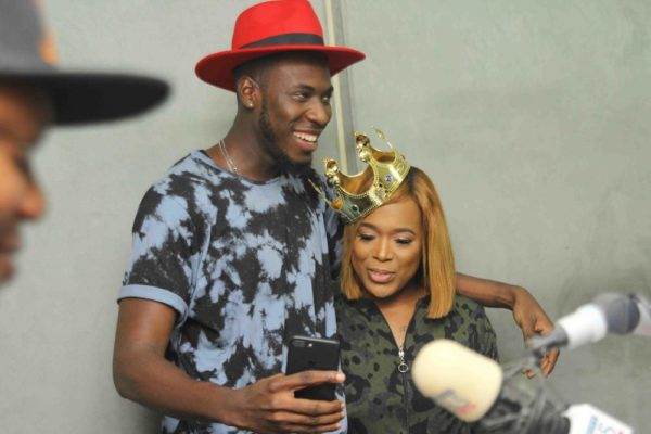 "#KingIsHere: Toolz, Osi, VJ Adams receive the ""Royal Package"" from Budweiser's Hand of the King"