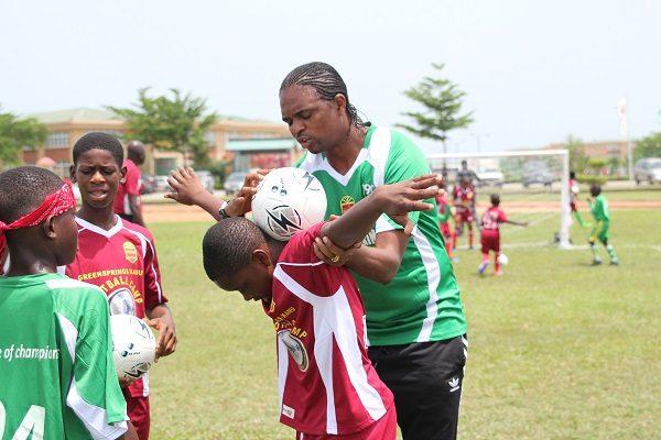 Greensprings Kanu Football