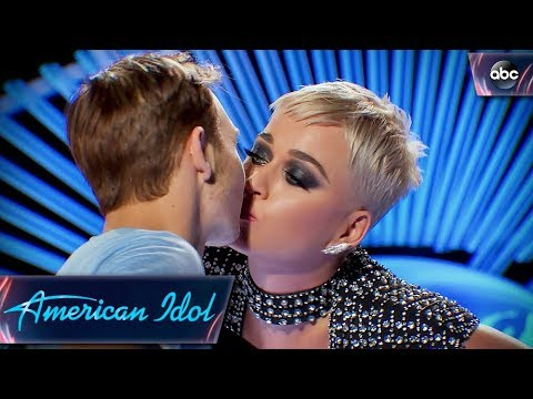 Internet comes for Katy Perry after she kisses American Idol Contestant - BellaNaija