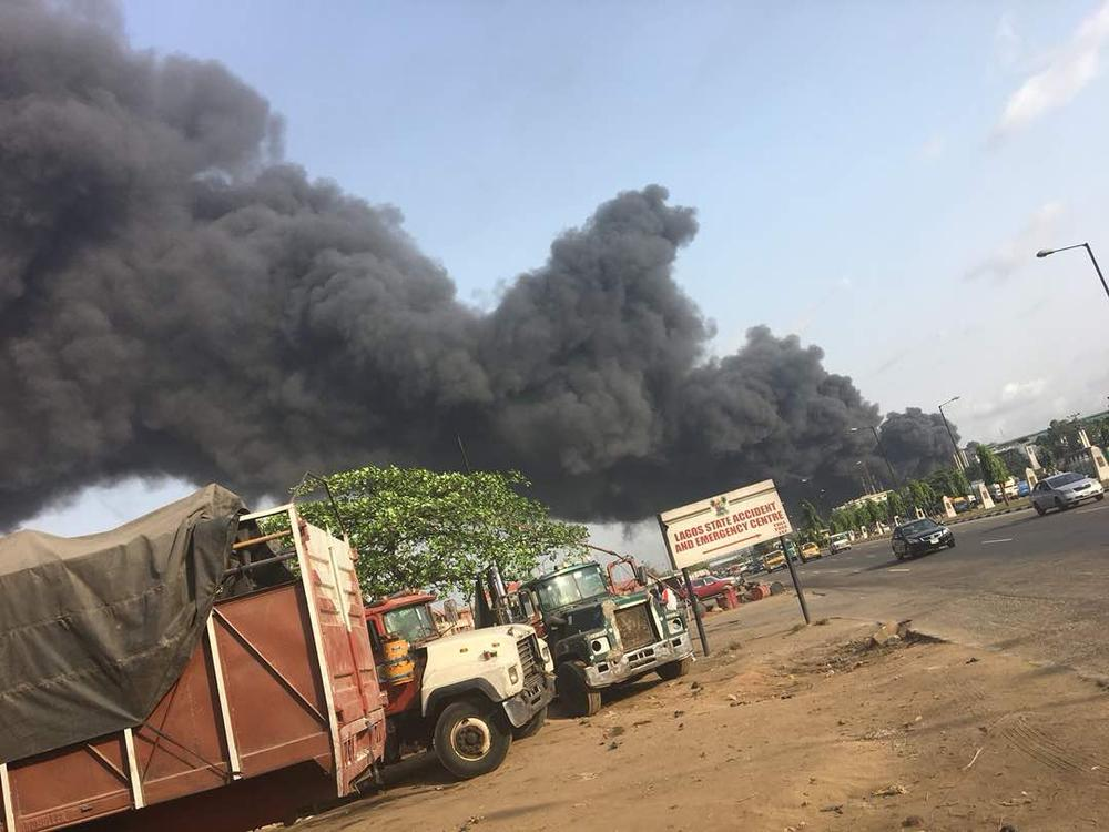 Olusosun Fire: Lagos Government asks Residents to Relocate - BellaNaija