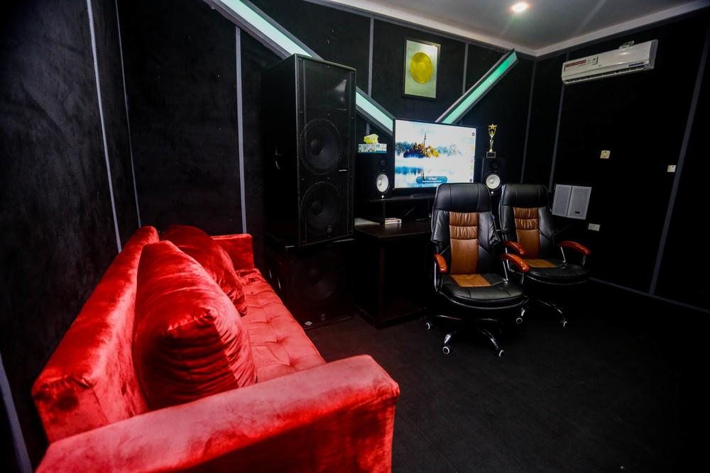 L.A.X. launches Rasaki Music Group HQ | Wizkid, M.I, Mut4y show support