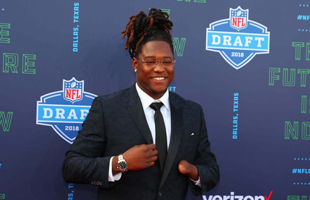Linebacker Shaquem Griffin Becomes first One-Handed Player Drafted Into The NFL