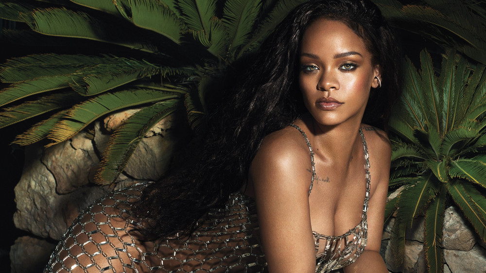 "Producers & Songwriters reportedly Submit ""500 Records"" For Rihanna's Upcoming Dancehall Album"