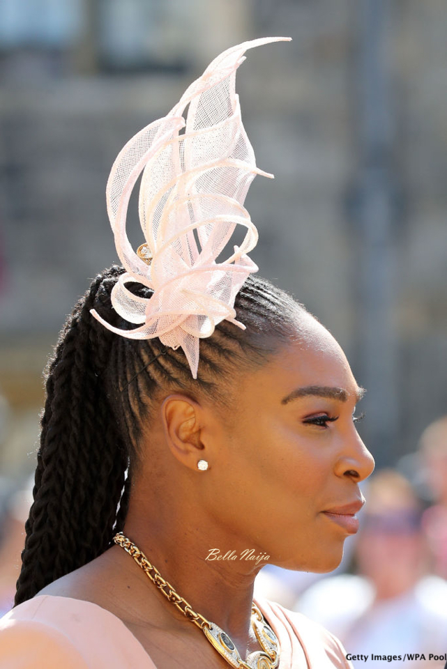 how to wear a fascinator clip