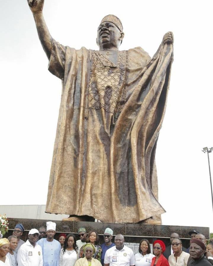 Lagos State unveils MKO Abiola statue in Ketu | BellaNaija