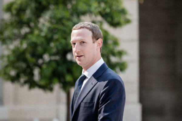 Facebook in another Data Sharing Scandal, this time with Phone Makers like Samsung & Apple | BellaNaija