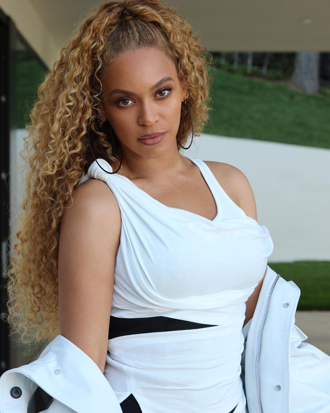 Here's Why the Beyhive thinks Beyoncé is Pregnant - BellaNaija Beyonce Pregnant