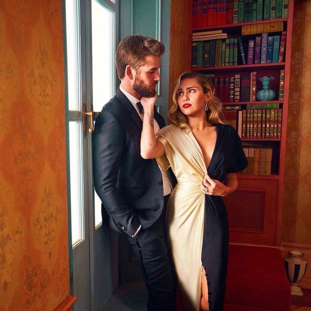 Miley Cyrus & Liam Hemsworth Reportedly Call Off Their Engagement