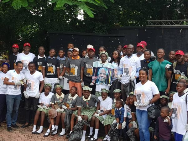 Students & guest at Freedom Park 67-minutes cleaning campaign