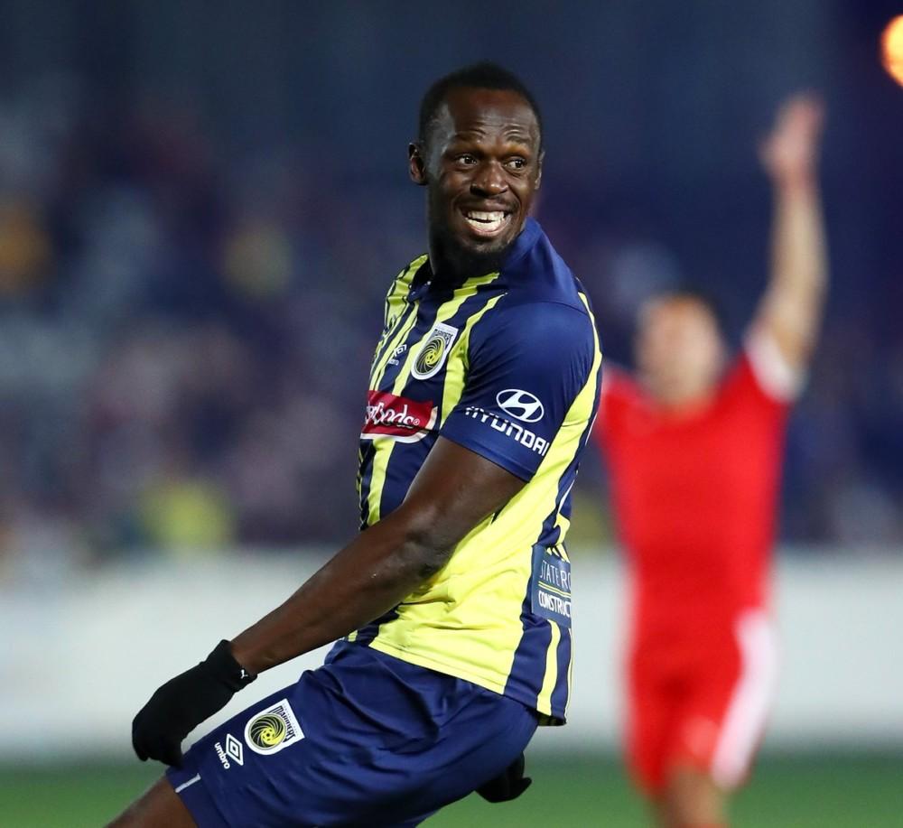 Usain Bolt makes Professional Football Debut   WATCH ...