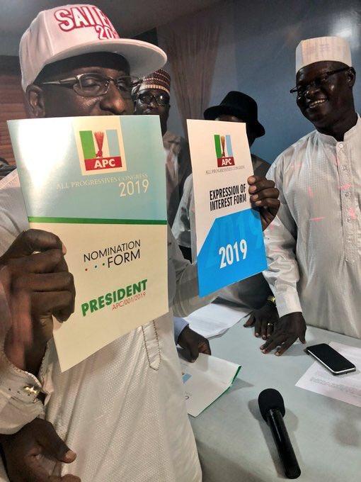 Group buys APC Presidential Nominee Form for Buhari | BellaNaija