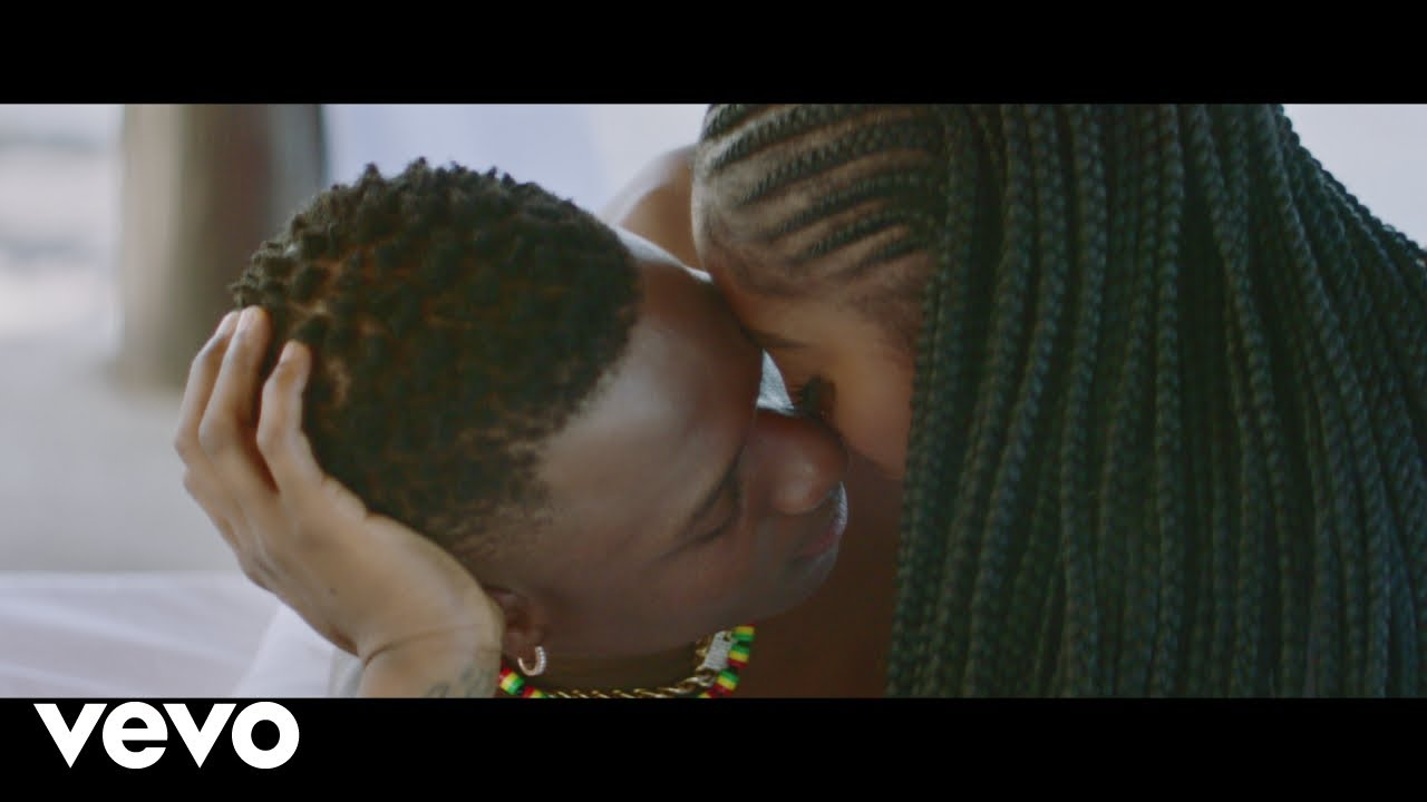 "Tiwa Savage & Wizkid are 🔥 in his video for ""Fever""