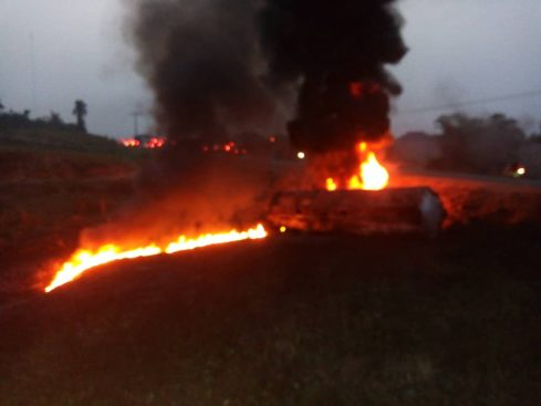 Residents say Dozens Burnt to Deathwhile scooping Fuel from Fallen Tanker in Cross River