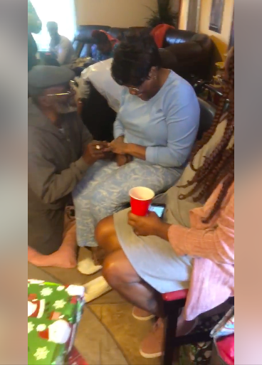 "#BNSweetSpot: This ""Granny Proposal"" is so Lovely"