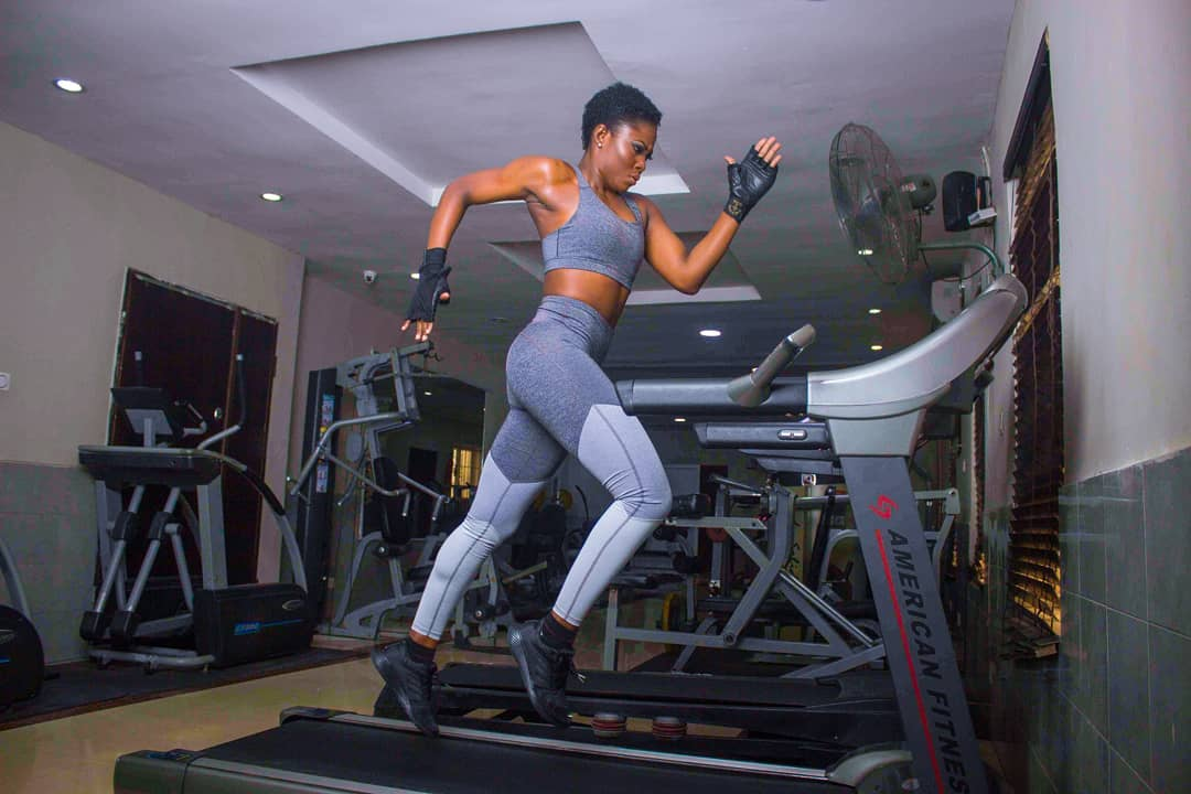 Hey #FitFam! Let Debie Rise's Workout Photos Inspire You