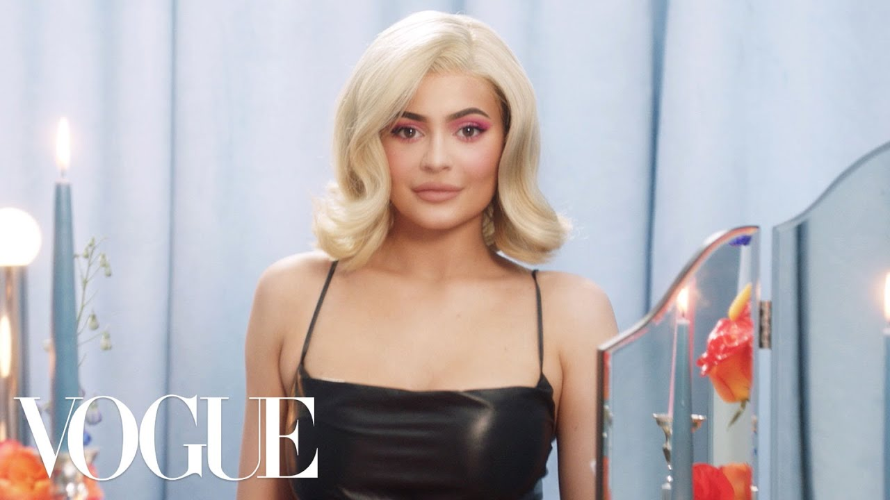 Kylie Jenner Reveals the Secret to Her Flat Tummy After Baby