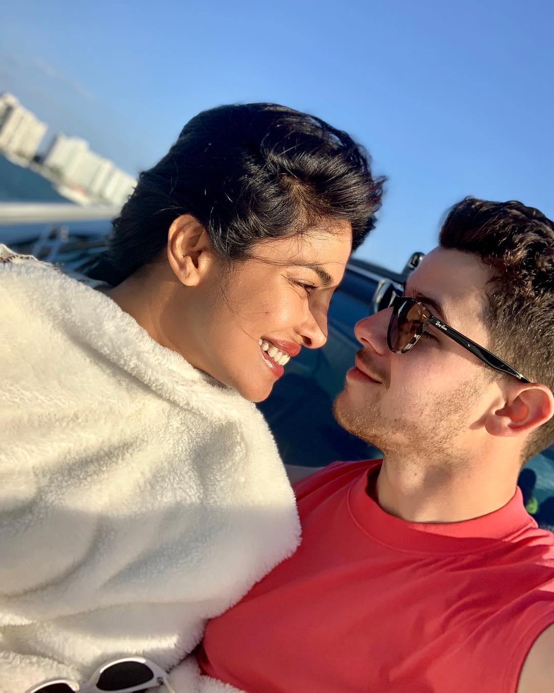 Another Day, Another Beautiful Photo of Priyanka Chopra & Nick Jonas ❤️