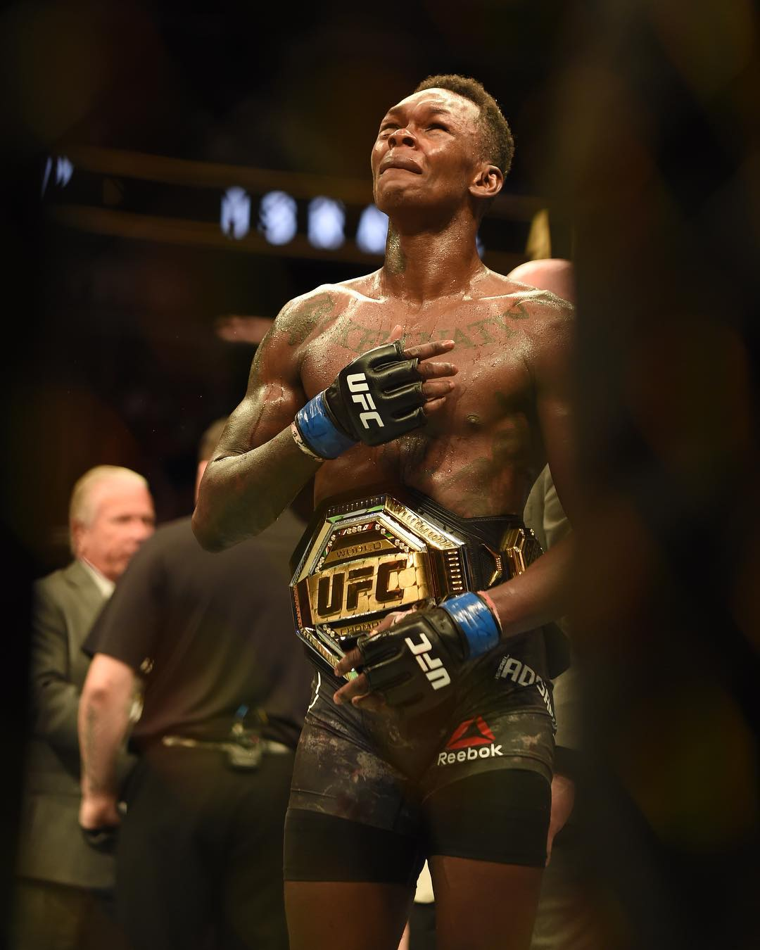 Israel Adesanya wins Interim UFC Middleweight Championship Belt
