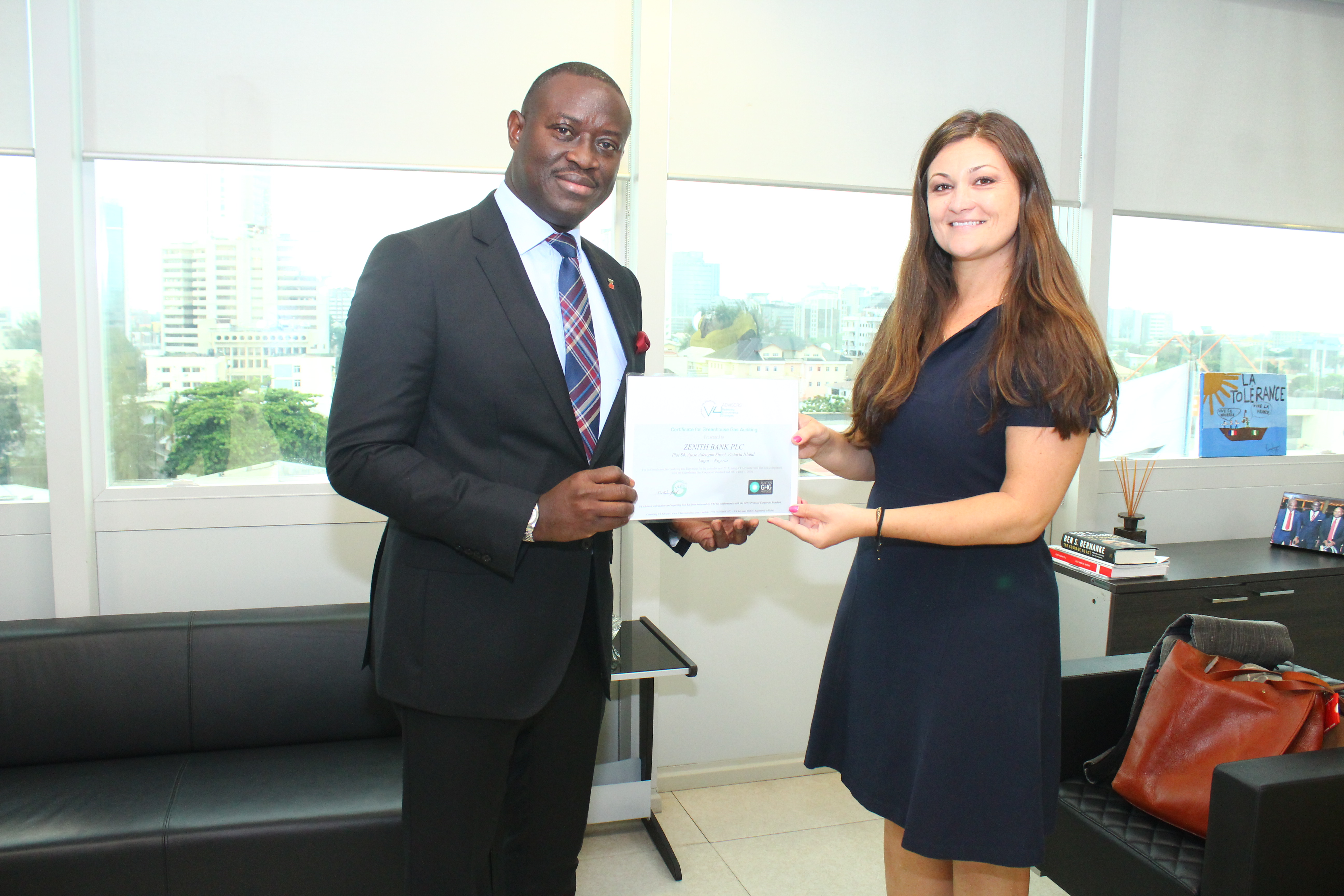 Zenith Bank receives Certificate for Greenhouse Gas Auditing 🙌