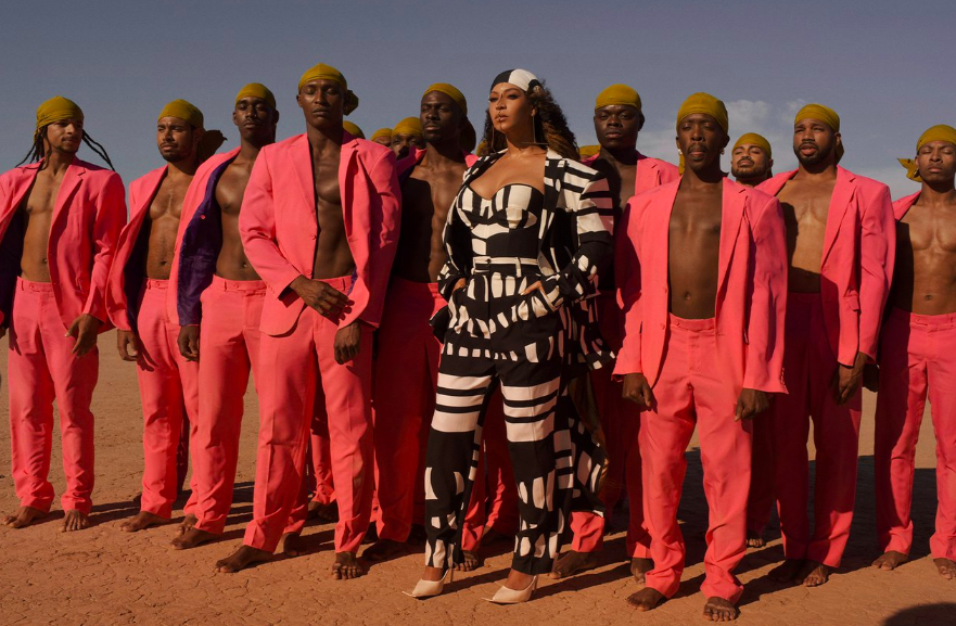 "Beyoncé wore an African Design + Other Major LEWKS in The Lion King ""Spirit"" Music Video"