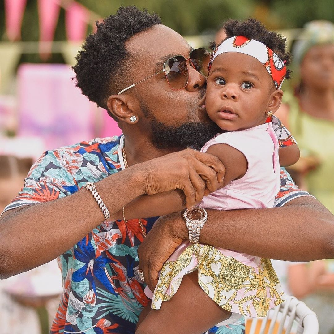Aww… Patoranking's Daughter Wilmer just took her First Steps