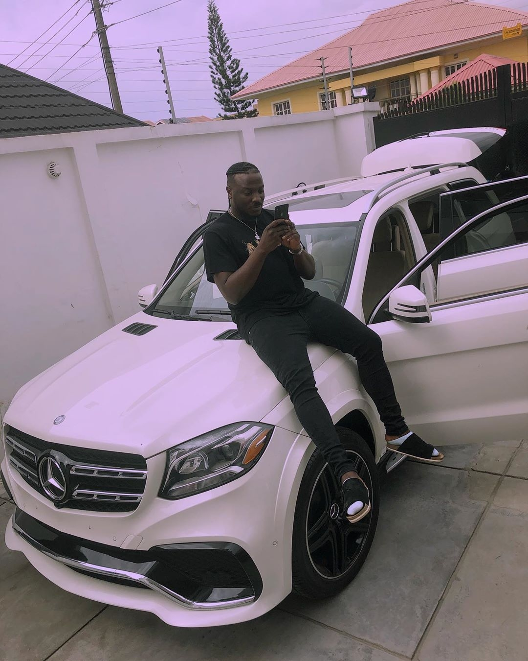 Issa New Whip! Peruzzi is Proud Owner of a Mercedes Benz