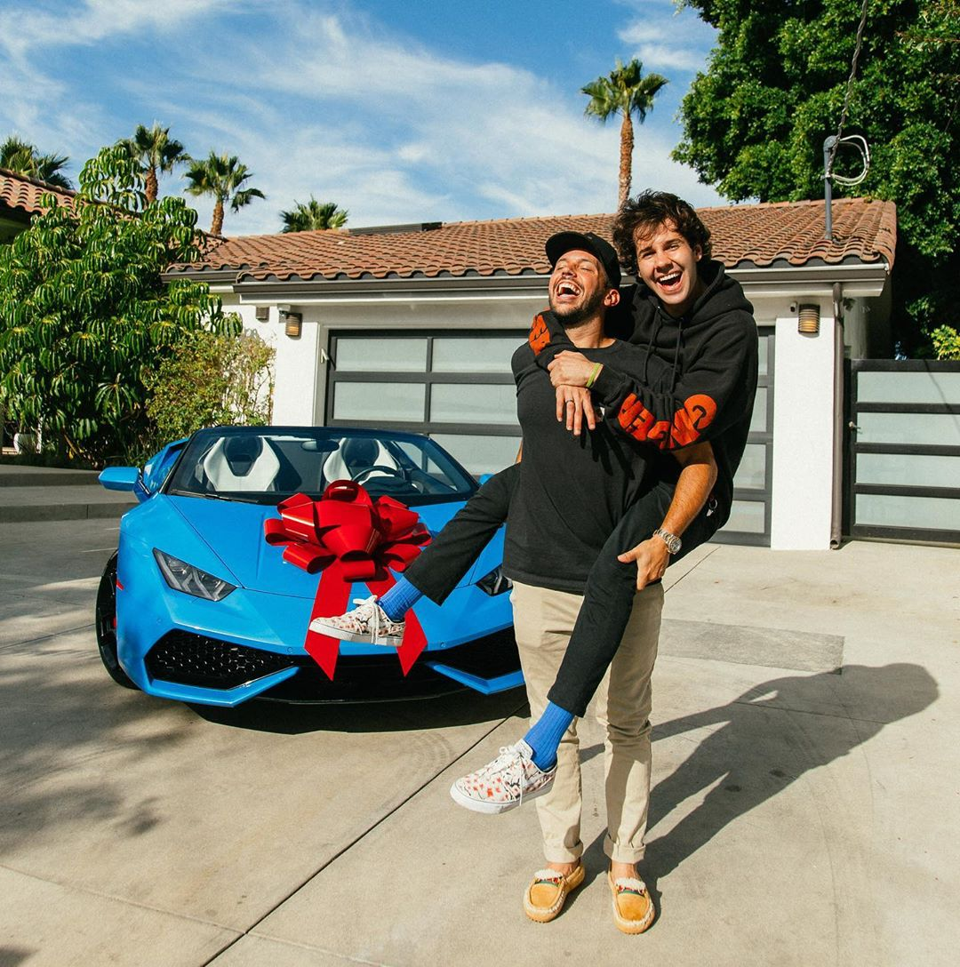 YouTuber surprises Friend with a Lamborghini & His Reaction will Leave you Teary-Eyed