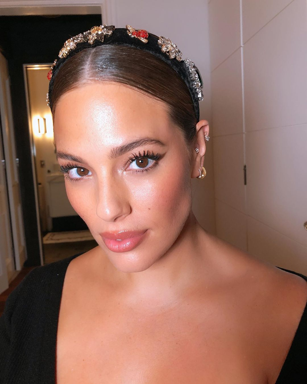 Ashley Graham is more confident than Ever with her Baby Bump & We Love It