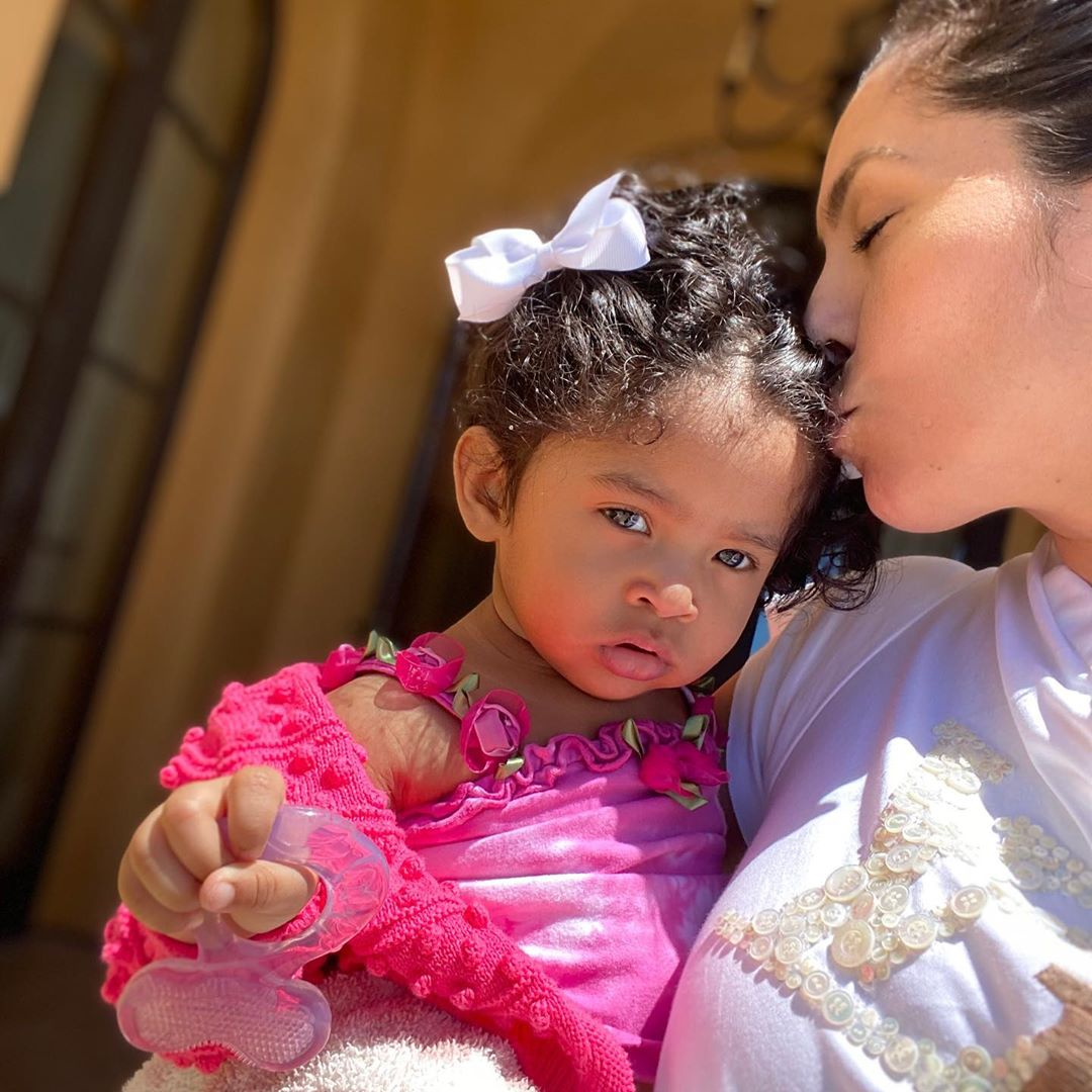 Kobe and Vanessa Bryant's baby daughter Capri takes her 1st steps