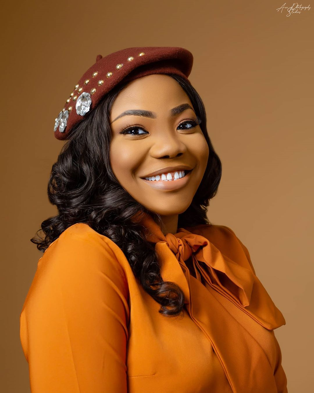 """Mercy Chinwo marks her Birthday with a Live Rendition of """"Incredible God"""" 