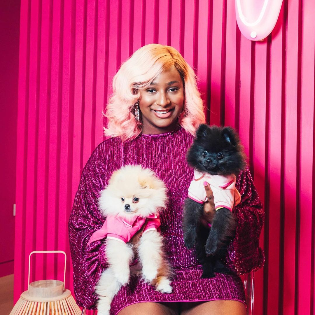 These Adorable Photos of Cuppy & Her Pomerani... Image