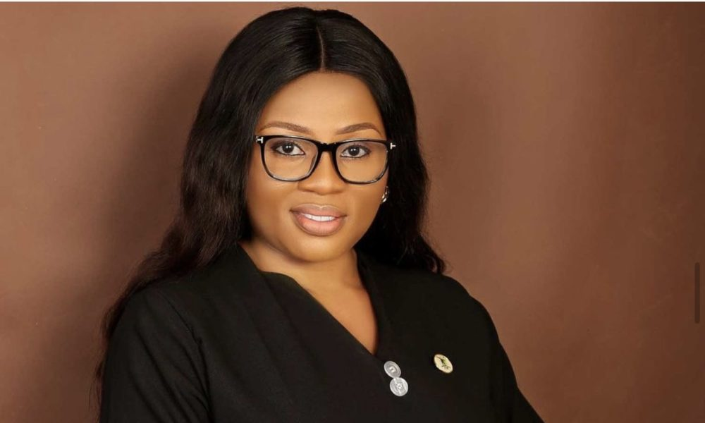 Funmi Ayinke qualifies as a Chartered Administration Marketing consultant